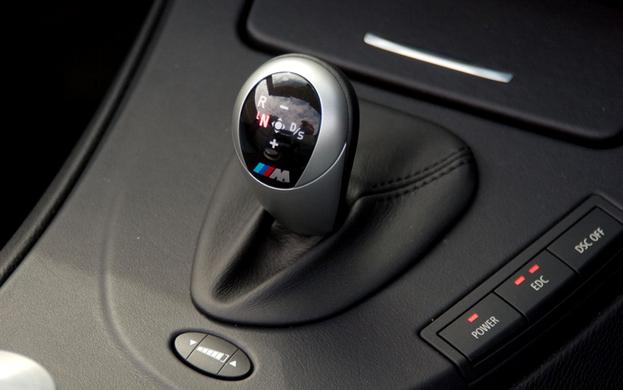 E90 E92 BMW M3 シフトノブ