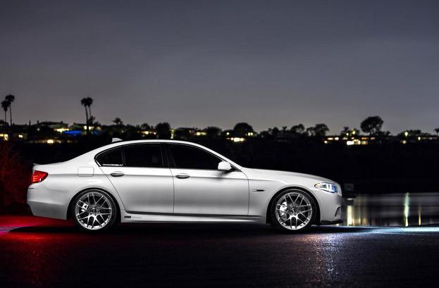 F10 BMW5シリーズ 維持費