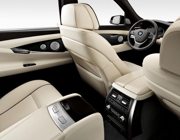 F10 BMW5シリーズ 居住性