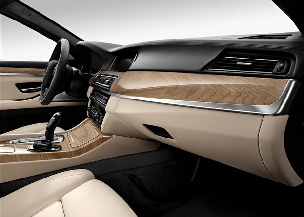 F10 BMW5シリーズ 質感